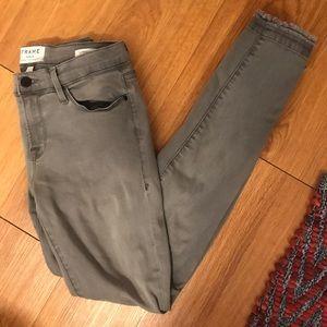 NWOT FRAME grey le skinny de Jeanne jeans sz 28!